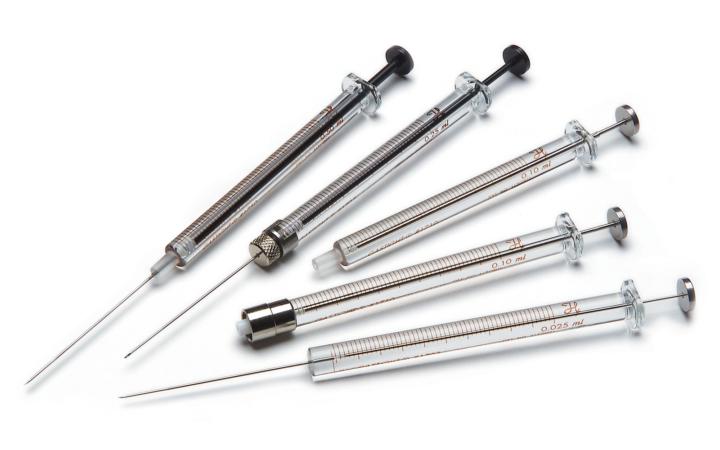 7000 Series Syringes 7000 型注射器